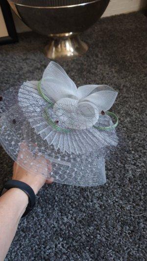 Cappello di paglia grigio chiaro-verde chiaro