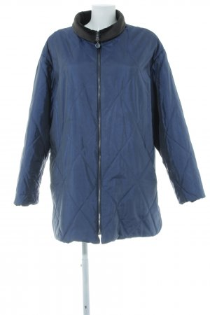 Fashion concept Giacca taglie forti blu acciaio motivo trapuntato stile casual
