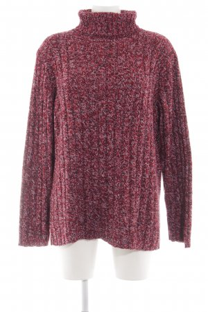 Fashion concept Turtleneck Sweater red flecked casual look
