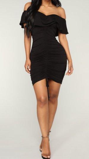 Fashion Nova Sexy Kleid schulterfrei M