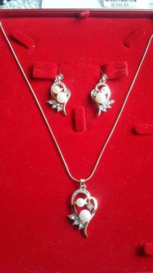 Fashion Simulierte Perlen Schmuck-Sets  Blumen-Bolzen-Ohrring-Kristallflügel Anhänger Halskette Goldfarbe Kette