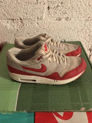 Fast geschenkt für 2€ Nike Air Max 1 Größe 40/41.