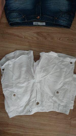 fast knie lange weiße cargo shorts