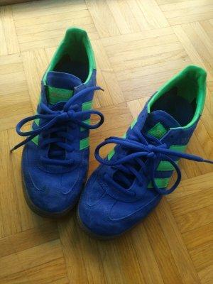 Fast neue Adidas-Sneaker, Retrolook
