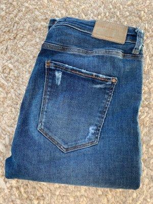 Fast neue Jeans von ZARA, 40