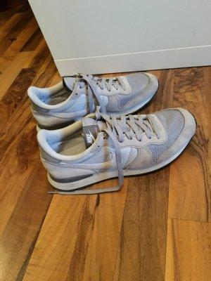 Fast neue Nike Schuhe!
