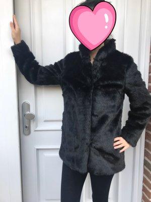 Faux Fur Jacke aus der aktuellen Kollektion