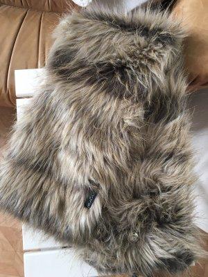 Faux-Fur Schal von Fraas