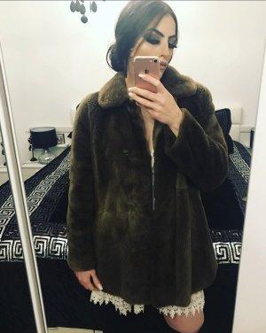 faux-fur wintermantel in braun