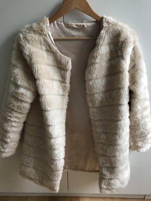 Cappotto in eco pelliccia bianco sporco-crema