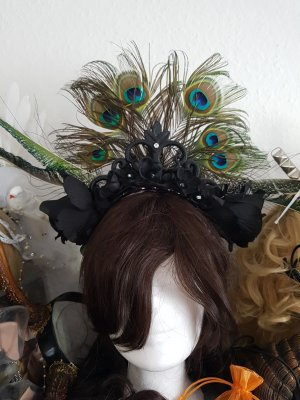 Headdress black-green