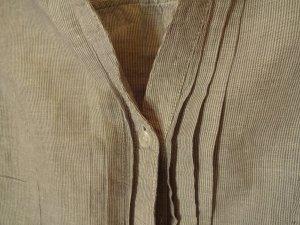 fein gestreifte Bluse