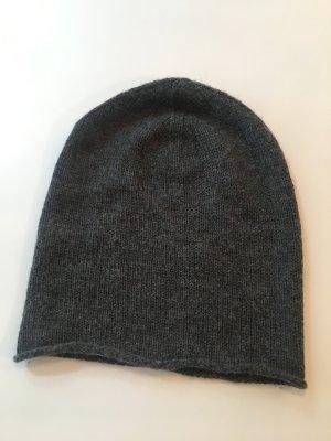 Feine Wollmütze - 100% Wolle - weich und kuschelig - anthrazit