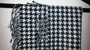Feiner Schal von OASIS schwarz-weißes Muster - Franzenabschluss