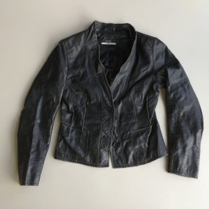 Feiner schwarzer Blazer aus Handschuhleder