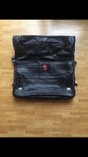 Feinster Leder Kleidersack von Seeger für Ferrari schwarz
