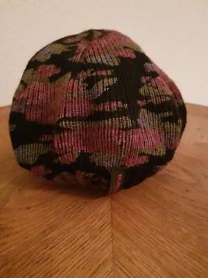 Blind Date Knitted Hat black
