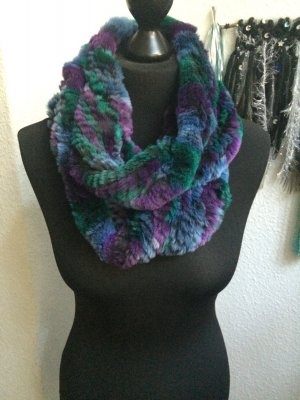 FELL LOOP / Schal aus verschiedenen Blautöne