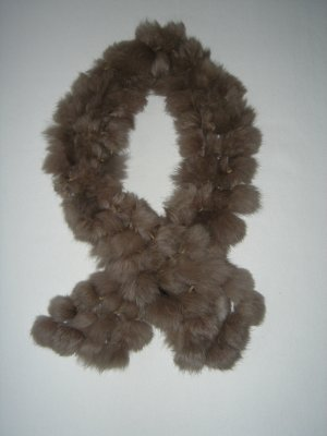 Fell-Schal von Roeckl, Farbe taupe