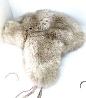 Zara Chapeau gris clair