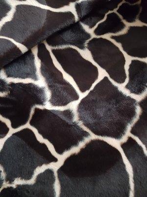 Fellimitat Giraffe