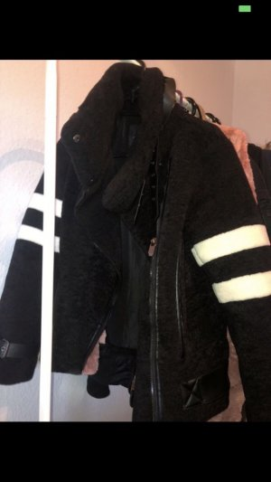 Giacca di pelliccia nero-bianco
