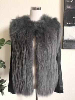 Maje Veste en fourrure gris-noir