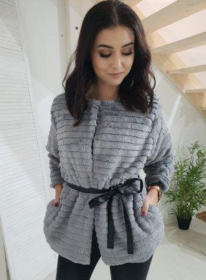 Giacca di pelliccia grigio
