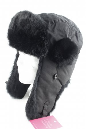 Fur Hat black casual look
