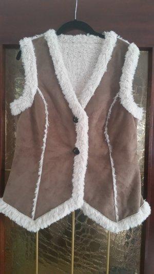 Fur vest white-light brown