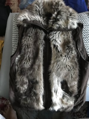 Vero Moda Smanicato di pelliccia marrone