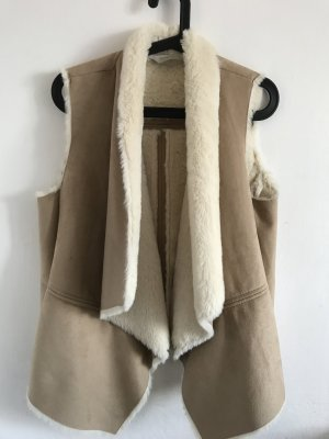 Bershka Smanicato di pelliccia beige-crema