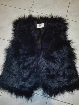 Vero Moda Smanicato di pelliccia nero
