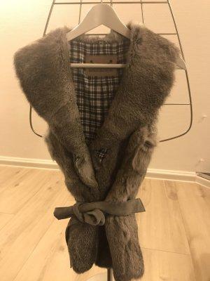 Rich & Royal Chaleco de piel gris claro-gris