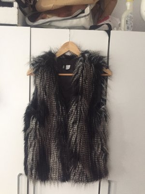 H&M Fur vest black-white