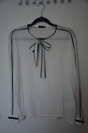 feminine Bluse mit einem Touch Avantgarde von Max&Co, Gr 40