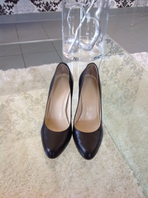 Feminine Pumps von Via Uno