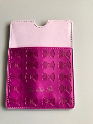 Femininer Ted Baker Passport Holder