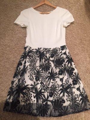 Feminines Kleid von MAJE