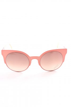 Fendi Butterfly Glasses pink casual look