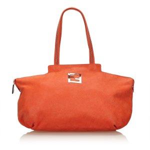Fendi Chains Leather Shoulder Bag