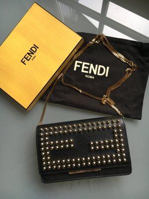 Fendi Crossbag Wallet on Chain Clutch schwarz mit goldenen Nieten kleine Tasche