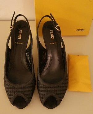 Fendi Peeptoe Sandalette  in schwarz   Gr. 36,5