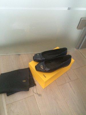 Fendi Pumps 38 top zu Jeans Kleid