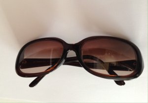Fendi Oval Sunglasses brown