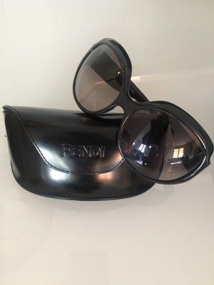 FENDI Sonnenbrille | Schwarz