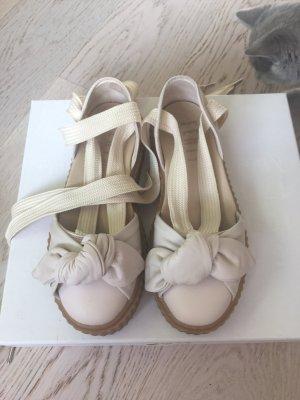 Fenty Puma Vanilla Sandalen in der Größe 36-37