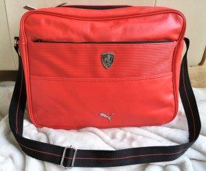 * FERRARI by PUMA * NEU ! große Messenger Bag  Schultertasche rot Leder ( Imitat )