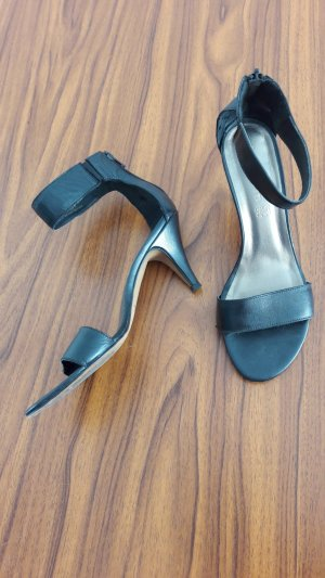 Tamaris Strapped High-Heeled Sandals black leather