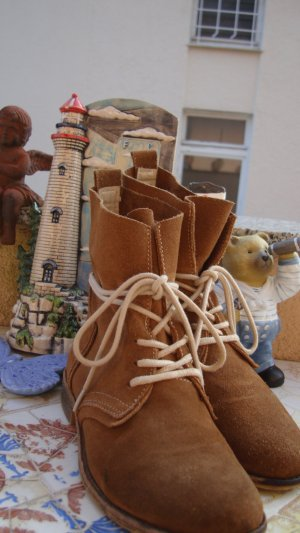 FESTIVAL-STYLE DOCKERS SHOES BOOTS Schnür-Stiefeletten Desert-Boots Echtleder BOHO BOHEME FESTIVAL ANTIK-STYLE USED-STYLE VINTAGE-STYLE AB WERK SO GEWOLLT ABSOLUT NEUWERTIG 1x probegetragen 36/36,5/37 gekennzeichnet mit 37 NEUPREIS 129,99€ Preisvorschlag?